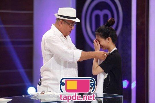 Giám khảo Tuấn Hải từ chối trao tạp dề cho thí sinh MasterChef