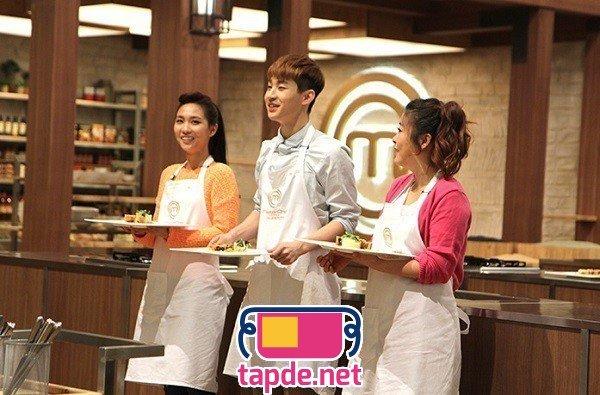 Dàn sao xứ Hàn mang tạp dề vào bếp